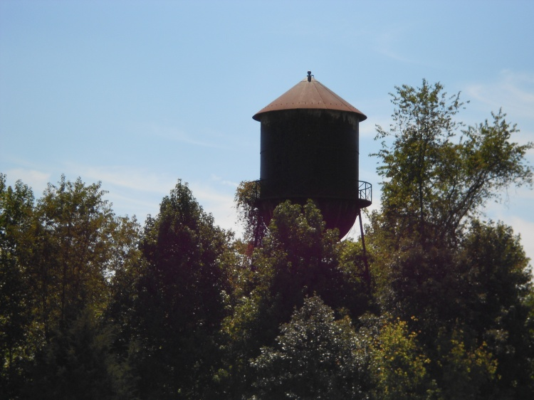 I asked Melissa to take some cool picture of the course, and I got a water tower.